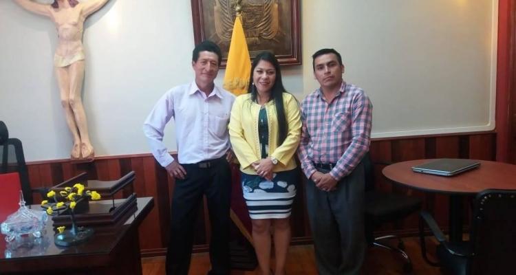 REUNIÓN CON LAS AUTORIDADES DEL MUNICIPIO PALTAS.